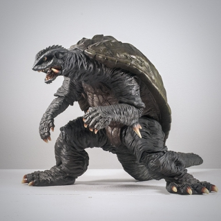 X-Plus 30cm Series Gamera 1996 Vinyl Figure Review