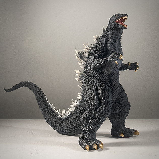 X-Plus 30cm Godzilla 2003 Vinyl Figure Review. Photo copyright, John Stanowski.