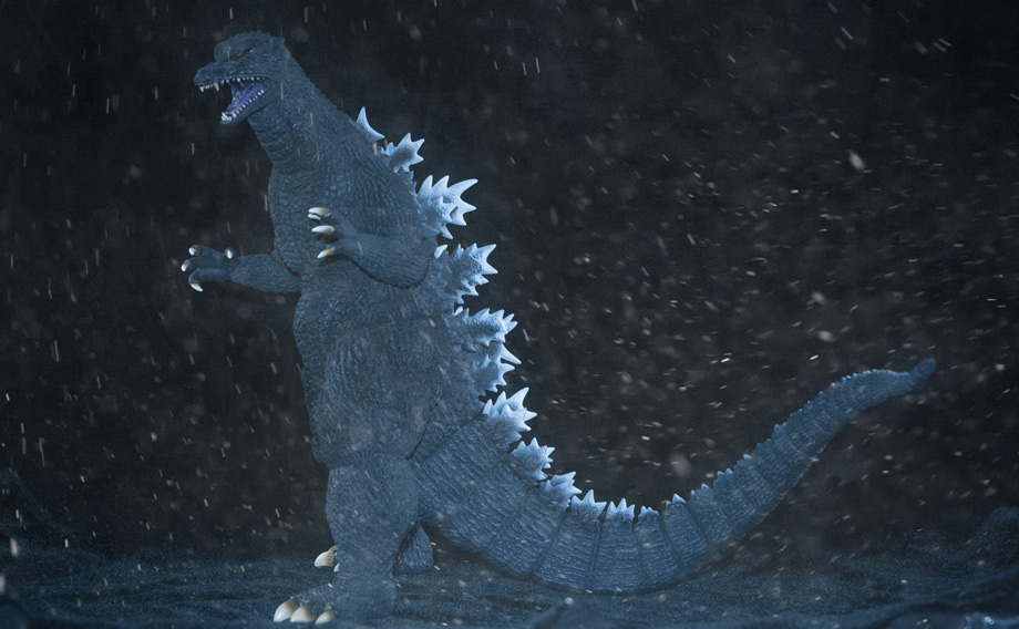 X-Plus Godzilla 2004 Snow composite. Photo copyright, John Stanowski.