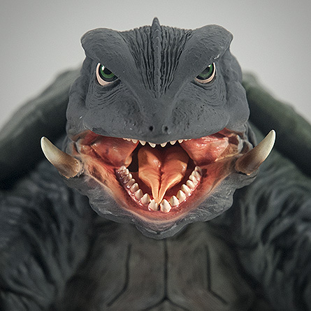 X-Plus エクスプラス 30cm Gamera 1995 Vinyl Figure - Head Shot. Photo copyright, John Stanowski.