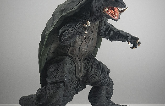 X-Plus エクスプラス 30cm Gamera 1995 Vinyl Figure Review. Photo copyright, John Stanowski.