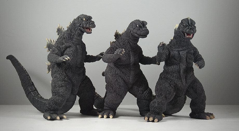 X-Plus Large Monsters Series Godzilla 1975 - Size comparison with Godzillas 1966 and 1968.