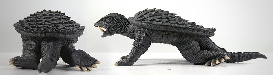X-Plus 25cm series Gamera 1966 - Ric Boy version Crawling Pose - Back and Side view.