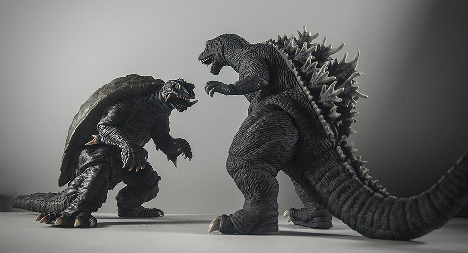 X-Plus Godzilla 2001 size comparison with Gamera 1996.