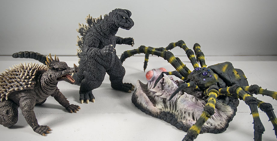 X-Plus / Plex Kumunga Size Comparison with 25cm Godzilla and Anguirus 1968.