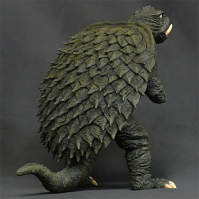X-Plus Gamera 1965 vinyl figure production shot, back.