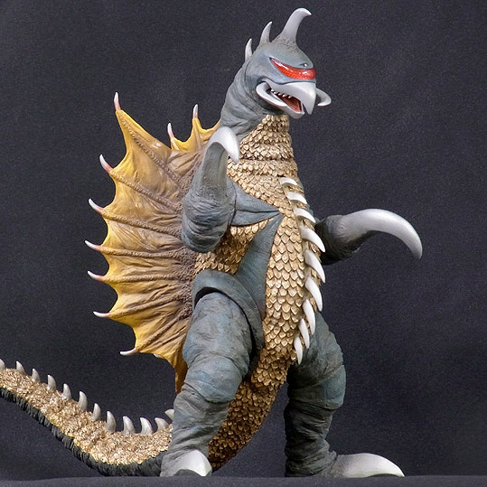 Godzilla Kaiju 12in Series Gigan 1972 Vinyl Figure