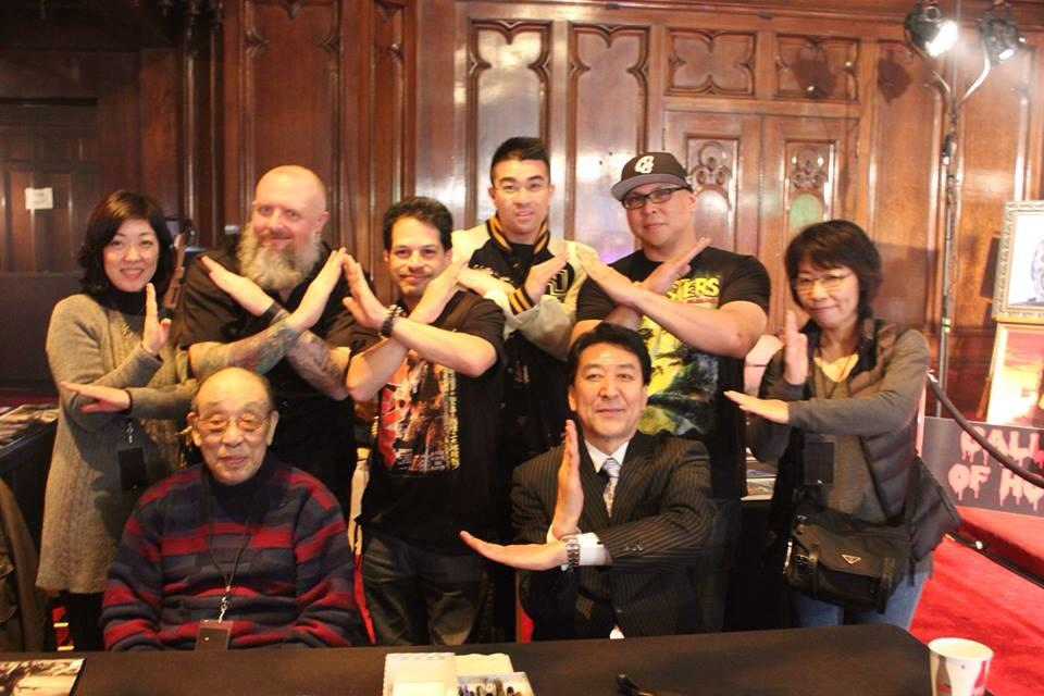 X-Plus collectors Kyle Yount (KaijuCast), Loren Portillo, Jonathan Peter Lee and Dell Champagne Marinez take this opportunity to switch up the Ultraman Spacium Pose with the X-Plus Pose with suit actors Haruo Nakajima and Bin Furuya.