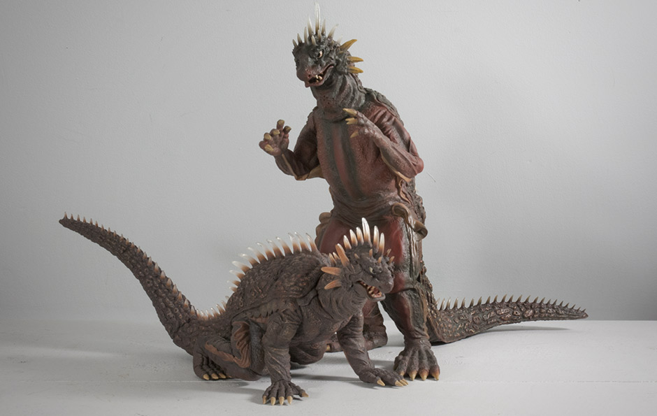 X-Plus 30cm Series Varan with Large Monsters Series Version.