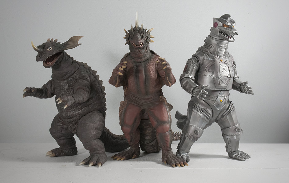 X-Plus Varan with Baragon 1968 and Mechagodzilla 1974 vinyl figures.
