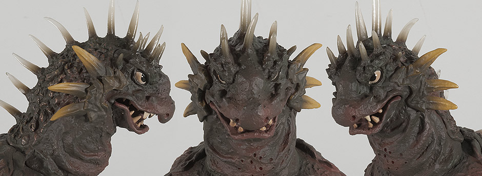 X-Plus 30cm Varan Head Views.