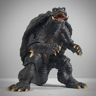 X-Plus Daiei Large Monster Series Gamera 1996 vinyl figure review.