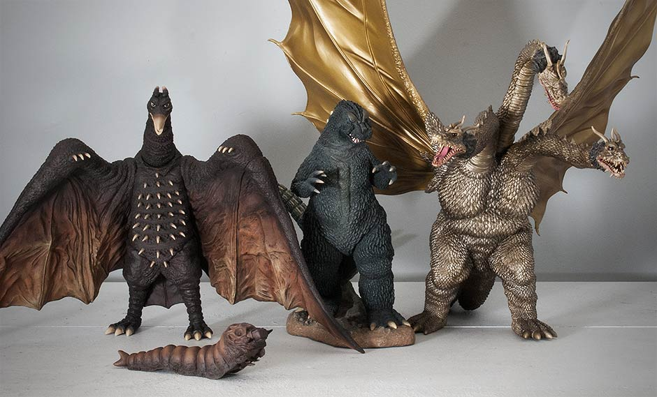 Size comparison between the X-Plus Large Monster Series Godzilla 1964, Rodan 1964 and King Ghidorah 1968.