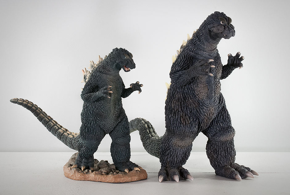 Size comparison between the Large Monster Series and 30cm Series Godzilla 1964.