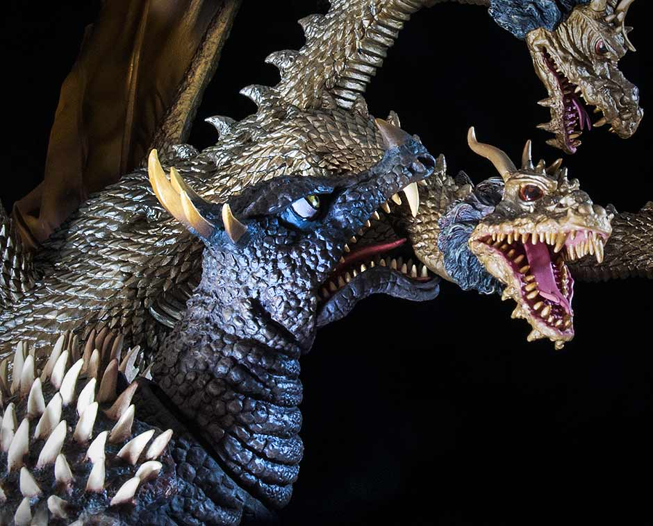 X-Plus 25cm Series Anguirus attacking King Ghidorah.