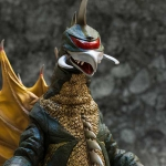 X-Plus 30cm Gigan 1972 photo by Sarawud Kongkiattiwong.
