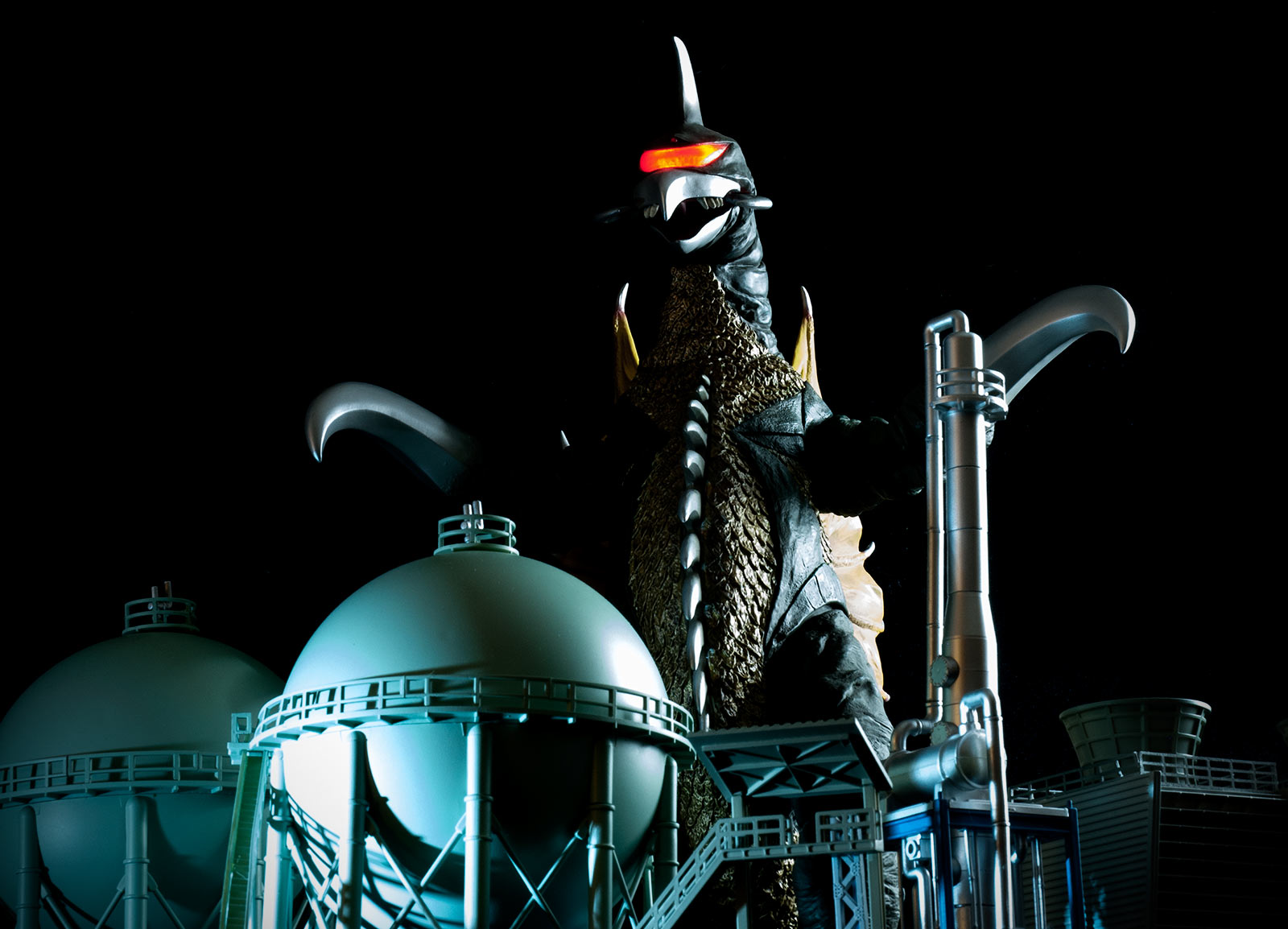 X-Plus 30cm Gigan 1972 posed with N Scale Refinery kit.