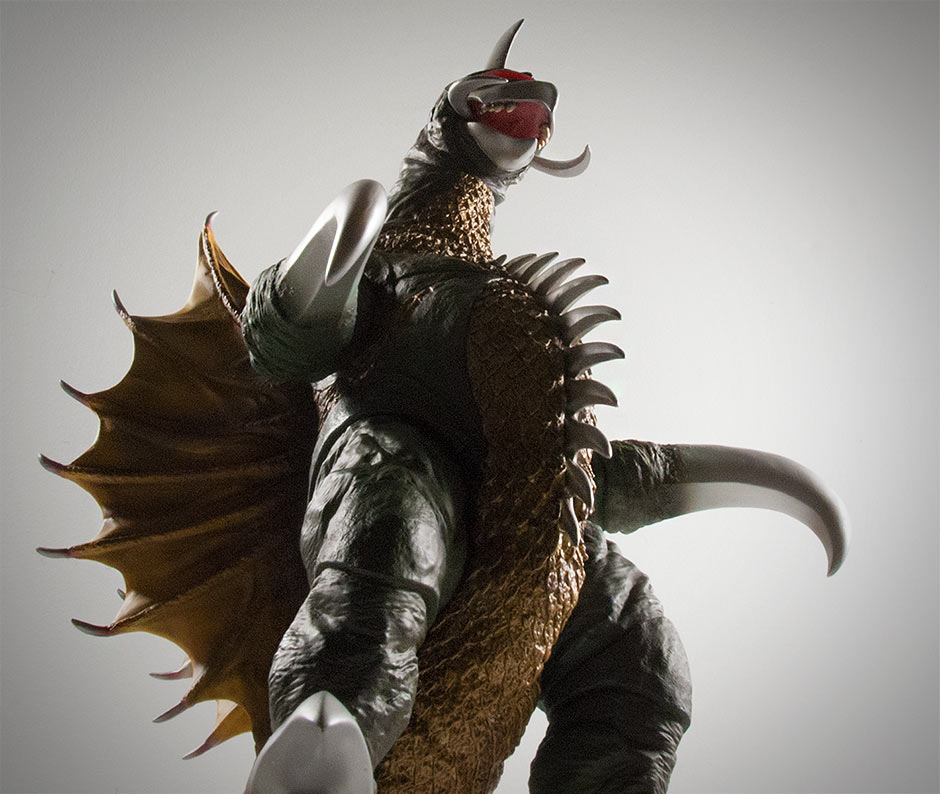 Looking up from a low angle on the X-Plus 30cm Series Gigan 1972 vinyl figure.