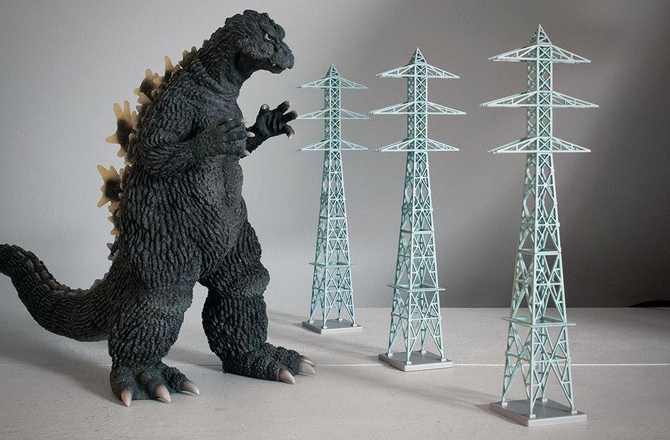 X-Plus 30cm Series Godzilla 1964 with TomyTec N Scale electrical towers.