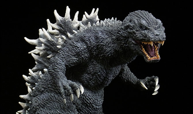 X-Plus Gigantic Series Godzilla 2001 vinyl figure.