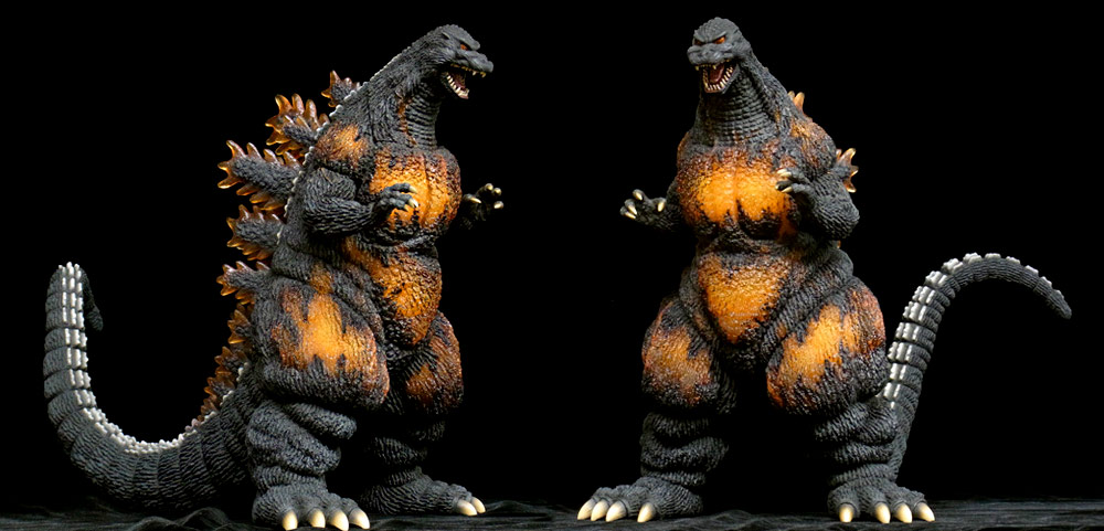 Angles of the X-Plus 25cm Godzilla 1995 vinyl figure.