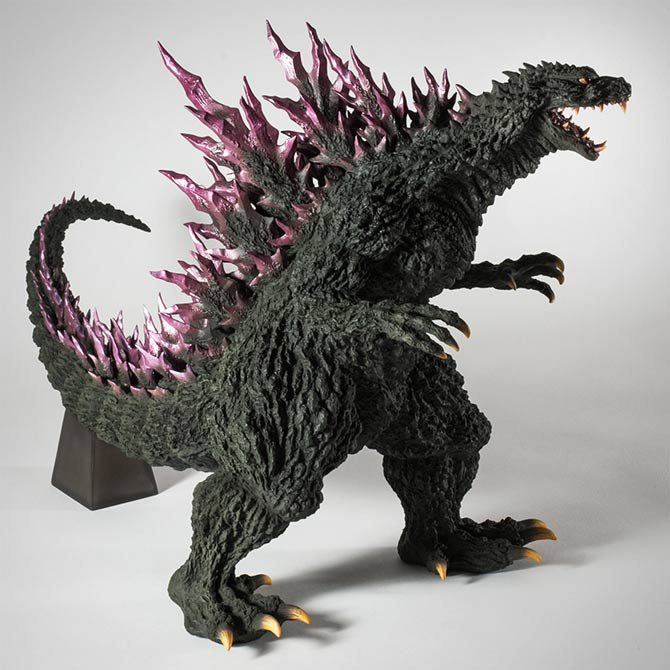 Gigantic Series Yuji Sakai Modelling Collection Godzilla 1999 vinyl figure by X-Plus.