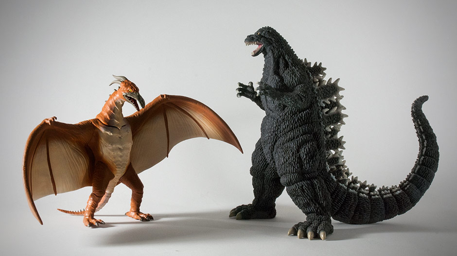 Size comparison with the X-Plus Godzilla 1992.
