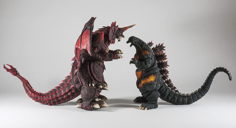 Side View size comparison with Destoroyah.