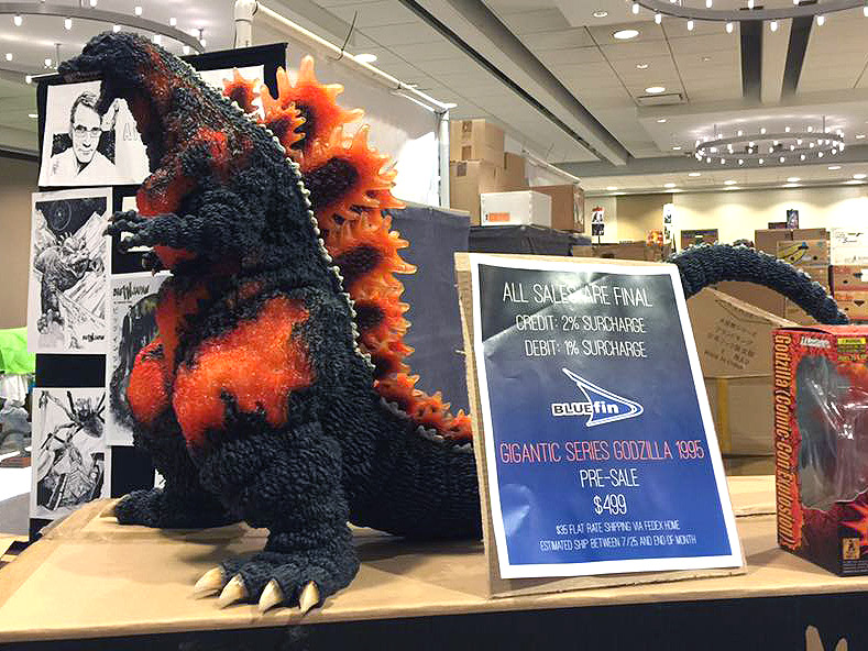 Bluefin's Gigantic Series Godzilla 1995 SDCC Exclusive on display at G-Fest.