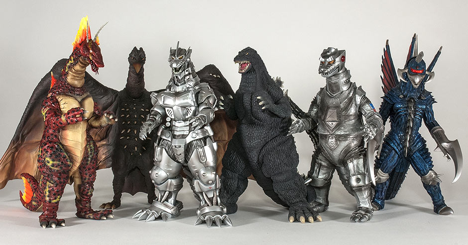 X-Plus Godzilla 1992 size comparison with other 30cm Series kaiju.