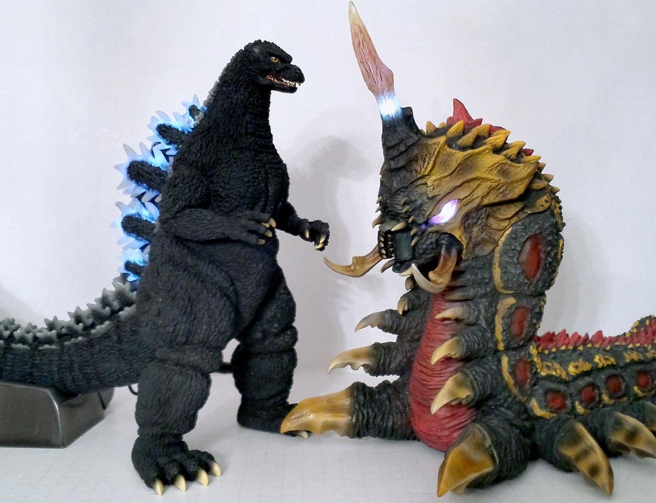 X-Plus 30cm Series Yuji Sakai Godzilla 1992 with the 30cm Series Battra vinyl. Photo by Jim Cirronella.