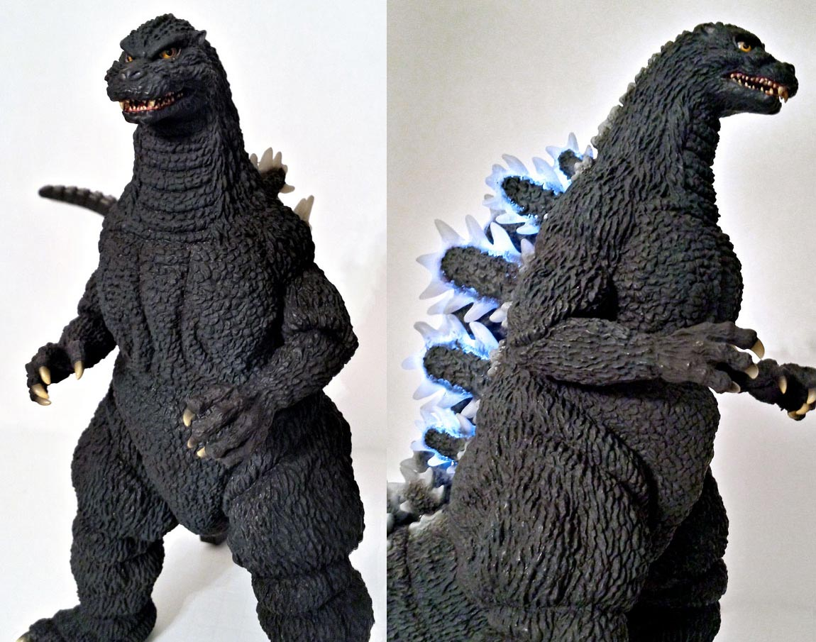 Toho 30cm Series Yuji Sakai Modeling Collection Godzilla 1992 vinyl by X-Plus. Photos by Jim Cirronella.