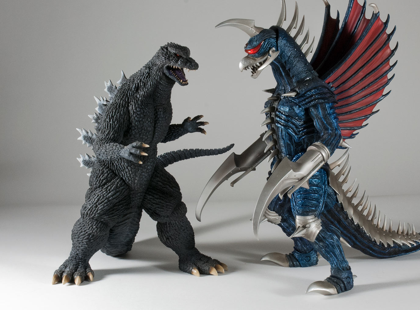 X-Plus 30cm Series Godzilla and Gigan 2004.