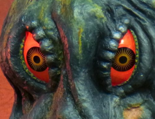 Leslie Chambers Reviews the X-Plus Large Monster Series Hedorah RIC exclusive vinyl figure