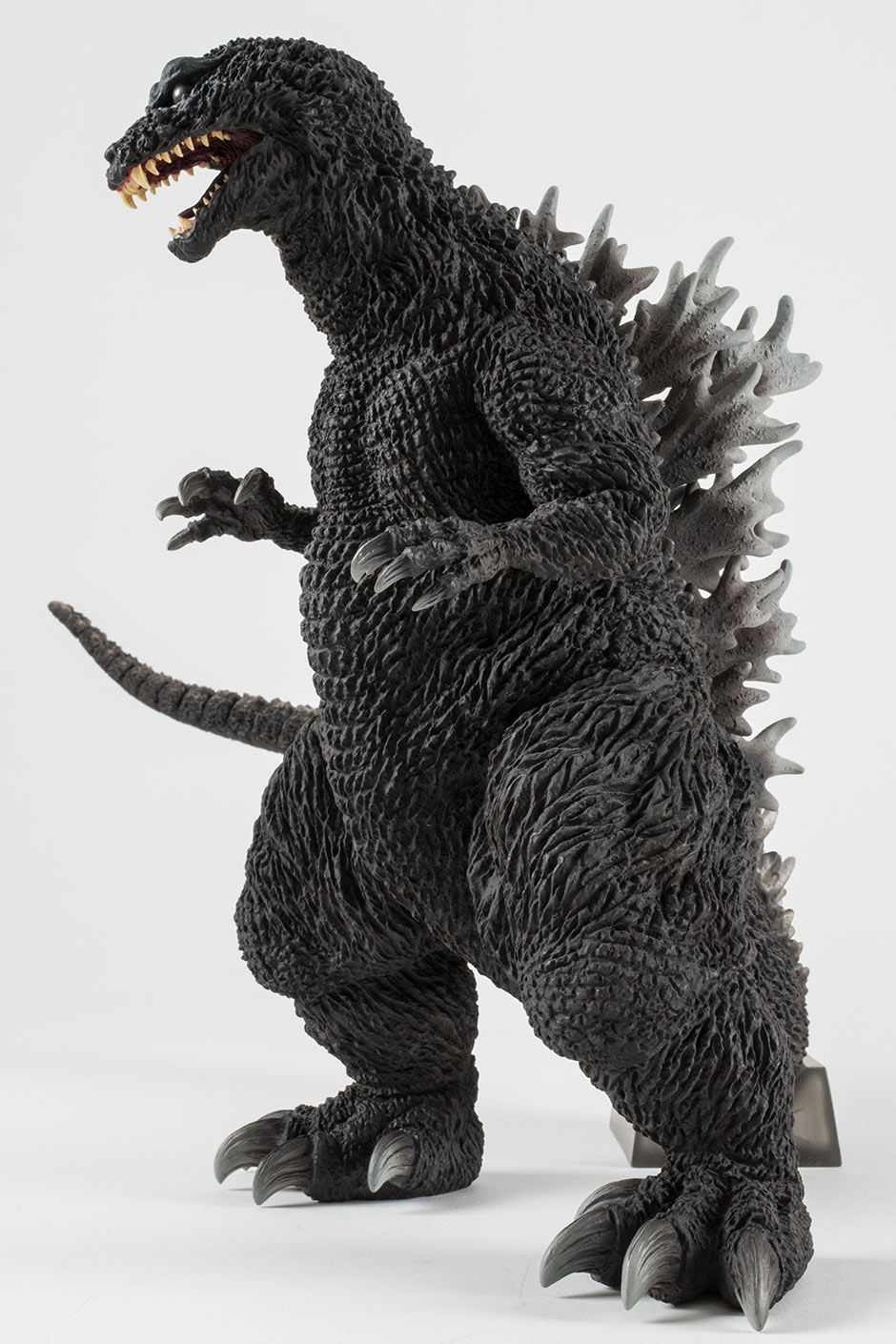 Toho 30cm Series Yuji Sakai Modeling Collection Godzilla 2001 vinyl figure by X-Plus.