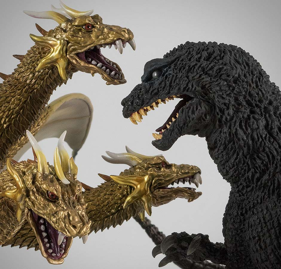 Extra: Large Monster Series King Ghidorah 2001 vs. 30cm Series Yuji Sakai Godzilla 2001.