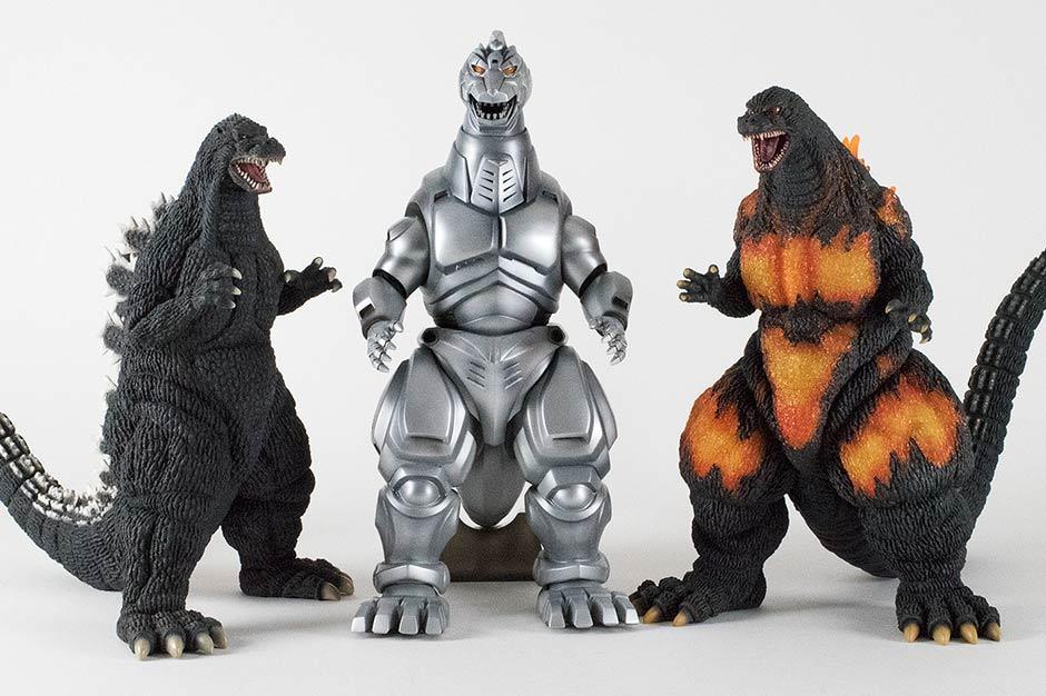 Size comparison with 30cm Series Godzilla 1992 and 1995.