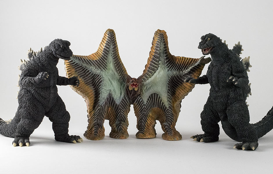 X-Plus Pestar size comparison with Large Monster Series Godzilla 1968 and Godzilla 1966.