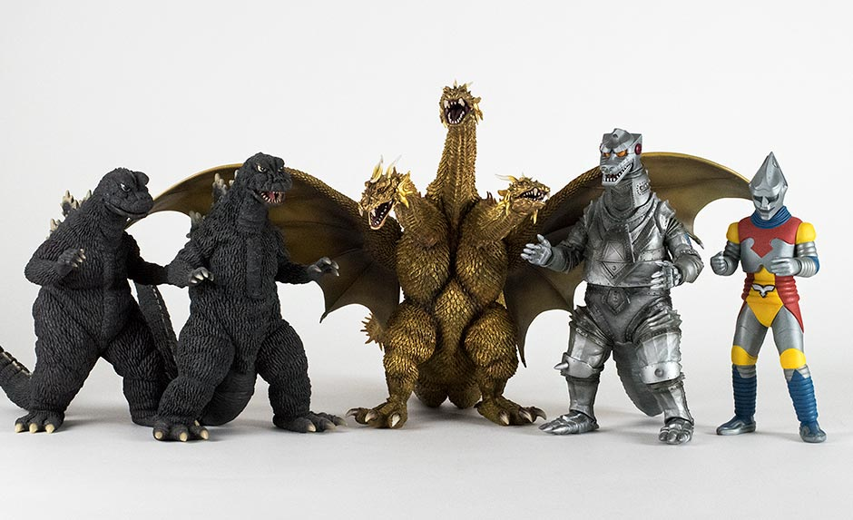 Size comparison with Large Monster Series Godzilla 1968, Godzilla 1966, Mechagodzilla 1975 and Jet Jaguar.