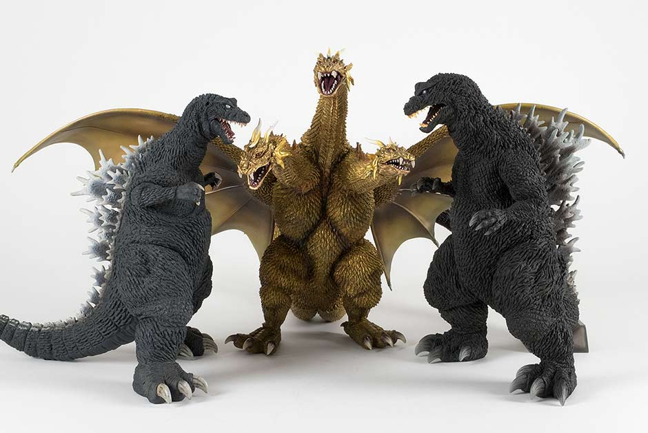 Size Comparison with the original Large Monster Series Godzilla 2001 and the Yuji Sakai Godzilla 2001.