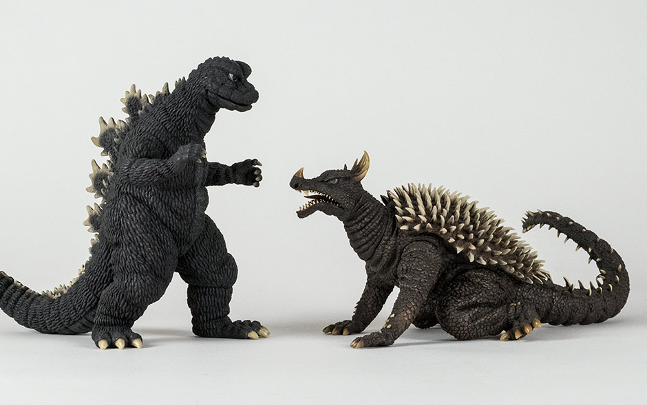 Size comparison with the Large Monster Series Godzilla 1968.