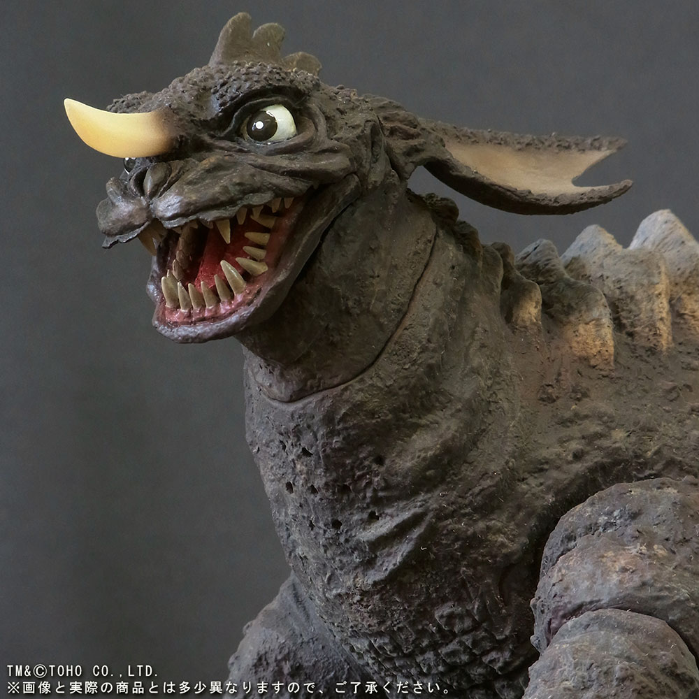 X-Plus Large Monster Series Baragon (1965 Crawling Version) vinyl figure - closeup of head.