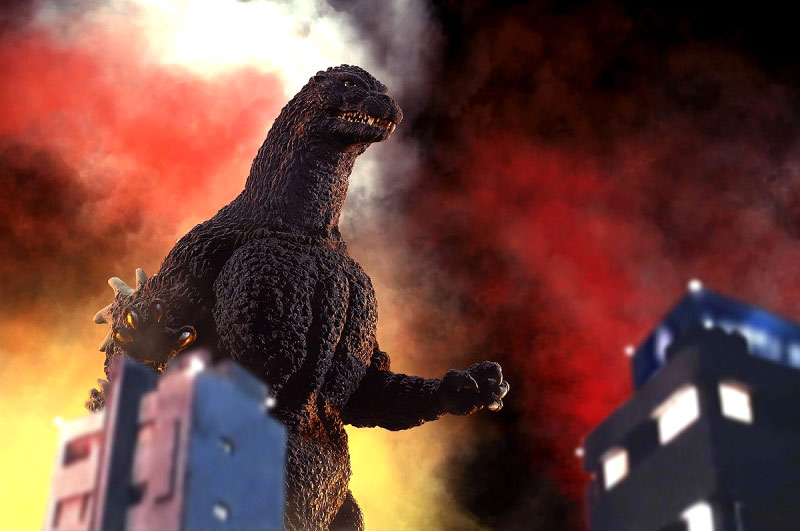X-Plus Yuji Sakai Godzilla 1989 closed mouth version with n-scale building models.