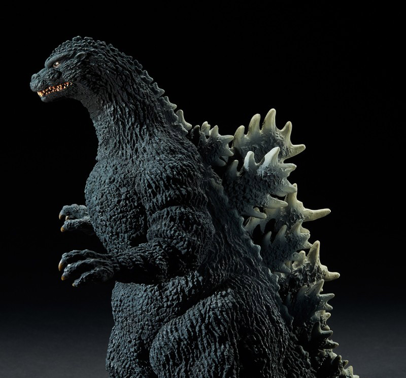 Left side of the X-Plus Yuji Sakai Godzilla 1989 Osaka Closed Mouth Version vinyl figure.