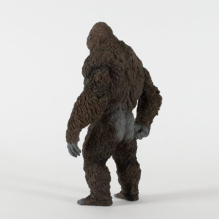 Rear left view of the Star Ace Kong Skull Island vinyl statue.