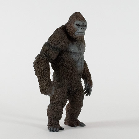 Right front view of the Star Ace Kong Skull Island vinyl statue.