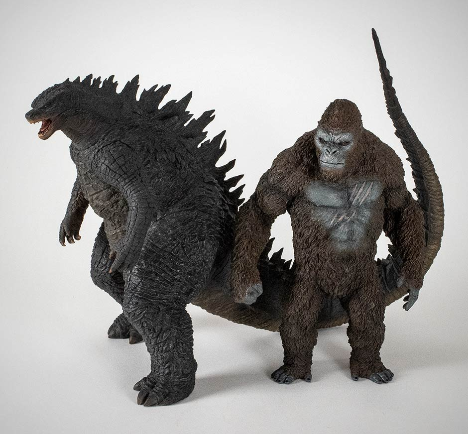 The Star Ace Kong with the X-Plus 30cm Series Godzilla 2014.
