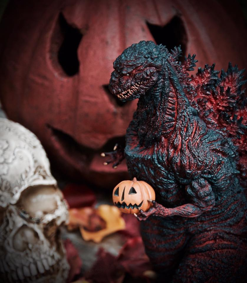 X-Plus Shin Godzilla vinyl dressed for Halloween. Photo by David Eric Dopko.