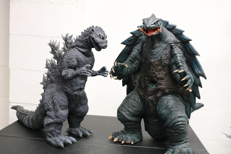 Prime One Studios Gamera 1999 size coparison with X-Plus Gigantic Series Godzilla 1954.