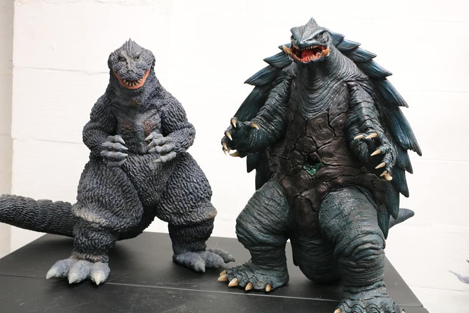 Prime One Studios Gamera 1999 size coparison with X-Plus Gigantic Series Godzilla 1962.
